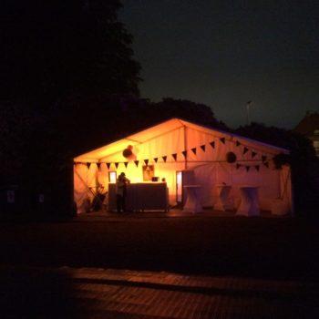 Bartält på natten